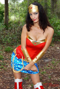 Ivy Cosplay as Wonder Woman