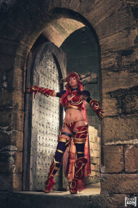 Chipie Cosplay as Alexstrasza