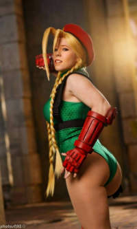 Pink Justice Cosplay as Cammy White