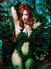Pionyquin as Poison Ivy