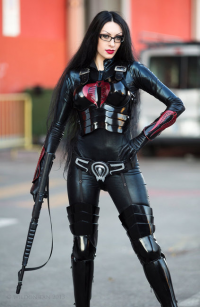 Daelyth as The Baroness