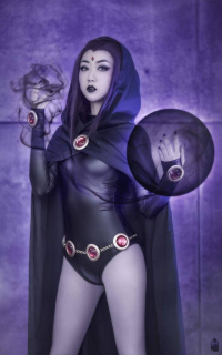 JS Cosplay as Raven