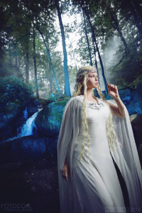 Gian Costumes as Galadriel