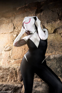 Luri Nahls Cosplay as Spider Gwen