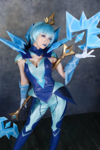 2AO Cosplay as Lux