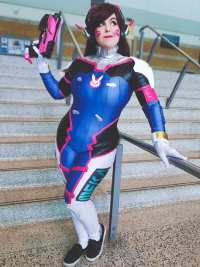 DreamKitty Cosplay as D.Va