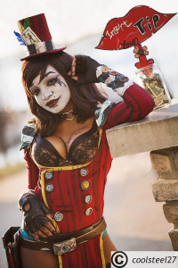 Kay Thomas as Mad Moxxi