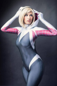 Erika Cosplay3 as Spider Gwen