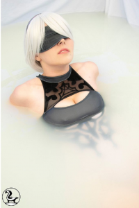 Adia Cosplay as 2B