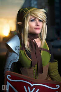 Jillian Ryan as Link