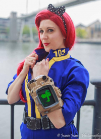 Emski Cosplays as Vault Dweller