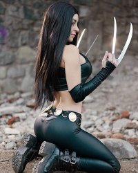 Fabibi Cos as X-23